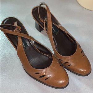 Etienne Aigner Slingback ClosedToe Heels Size 8.5M